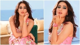 Sara Ali Khan managed to win hearts of many even before her Bollywood debut. The paparazzi became a fan of the actor for her humble nature and kind gestures. In her recent Instagram photos, Sara Ali Khan aces the floral pink bridal look which she had worn for a shoot.(Instagram/@saraalikhan95)