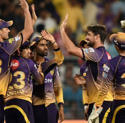 IPL 2017: Kolkata Knight Riders thrash Royal Challengers Bangalore by 82 runs