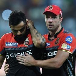 Royal Challengers Bangalore v Sunrisers Hyderabad:AB De Villiers gives RCBpep talk