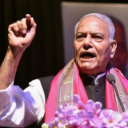 Former Union finance minister Yashwant Sinha speaks during the 'Rashtra Manch' meeting at Shri Krishna Memorial Hall in Patna on Saturday.