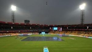 Live cricket score, Royal Challengers Bangalore vs Sunrisers Hyderabad, IPL 2017:Match delayed due to rain