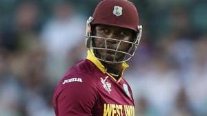 Delhi Daredevils pick Marlon Samuels as IPL 2017 replacement for De Kock