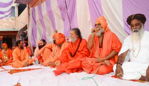 Akhil Bharatiya Akhada Parishad extended support to Swami Chinmayanand and offered legal support to him for contesting the rape case(HT Photo/ Rameshwar Gaur)