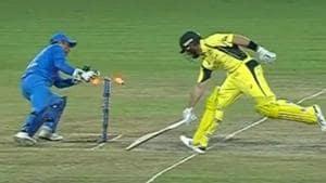 Virat Kohli's 'bullet throw' leaves MS Dhoni stunned inRanchi T20 - Video