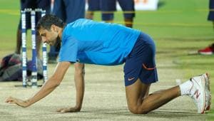 Ashish Nehra to retire from competitive cricket on November 1, won't play IPL