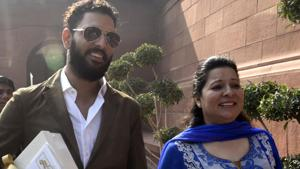 Yuvraj Singh's mother Shabnam asks, 'What is Akanksha fighting for after two years?'