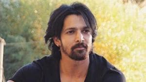 It's actor Harshvardhan Rane's birthday today, and he's celebrating with his close friends in Rishikesh.(Instagram/harshvardhanrane)