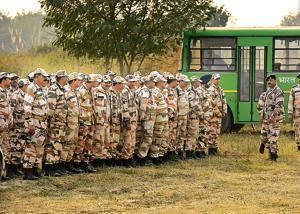 The Indo-Tibetan Border Force jawans deployed at Botanical Garden helipad ahead of Prime Minister Narendra Modi's visit.(Virendra Singh Gosain/HT Photo)