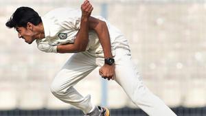 Vidarbha cricketer Rajneesh Gurbani was named Man of the Match in the Ranji Trophy final.(PTI)