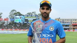 Riding on Shikhar Dhawan's 72 and Bhuvneshwar Kumar's five-wicket haul, India beat South Africa by 28 runs to go 1-0 up in the three-match T20 series. Get highlights of India vs South Africa, 1st T20, Johannesburg here.(BCCI)