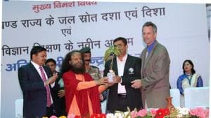 Guests being felicitated at the two-day seminar on rejuvenation of water resources in Uttarakhand.(HT Photo)