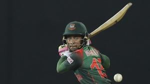 Follow highlights of Sri Lanka vs Bangladesh, Nidahas Trophy tri-nation T20 match in Colombo here. Mushfiqur Rahim in action during the Nidahas Trophy tri-nation T20 between Sri Lanka and Bangladesh in Colombo.(AP)