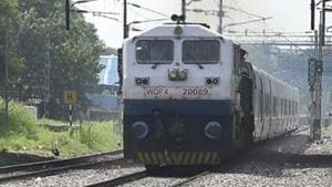 The railway, which currently employs 1.3 million people, said it was filling up tens of thousands of vacant positions for engine drivers, technicians, carpenters, track inspection crews and other roles related to improving safety in the world's fourth-largest network.(AJay Aggarwal/HT file photo)
