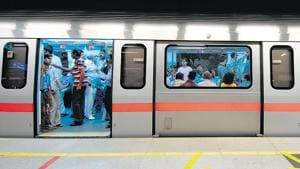 Delhi Police's metro unit on Wednesday announced the arrest of a gang of four members involved in the theft of overhead cables on Delhi Metro's Magenta Line.(Hindustan Times Media)