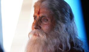 Amitabh Bachchan dons the avatar of an old man for Chiranjeevi's Sye Raa Narasimha Reddy.