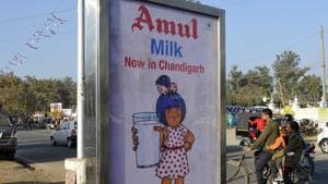 A statement issued by the Amul Dairy said Jayen Mehta, senior general manager (planning and marketing), has been appointed as in charge MD of Kaira Milk Union.(HT File Photo)