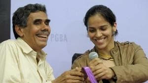 Saina Nehwal's father Harvir Singh has not been allowed to enter Commonwealth Games 2018 village in Gold Coast.(AFP)