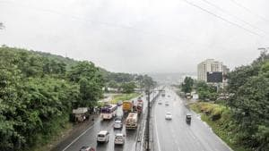 The lane kilometer method involves measuring the length of each new lane that is built instead of counting the overall length of the highway.(HT File Photo)