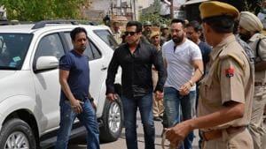 Bollywood actor Salman Khan arrives at a court in Jodhpur.(REUTERS)