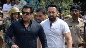 Bollywood actor Salman Khan arrives at the court for a hearing in allegations on blackbuck hunting case in Jodhpur.(PTI Photo)