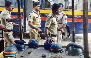 Police force has been deployed at sensitive pockets after the murder of two cadres of Shiv Sena at Ahmednagar in Pune.(SHANKAR NARAYAN/HT PHOTO)