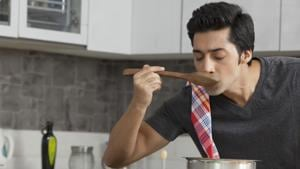 Apart from being convenient, making your meals can also help with weight management.(Shutterstock)