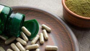 Taking high doses of supplements containing green tea extracts may be associated with liver damage.(Shutterstock)