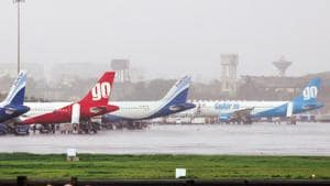Once the Department of Telecommunications approves the plan, airlines will be able to offer internet services to passengers flying over Indian airspace.(HT File Photo)