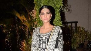 Sonam Kapoor seen at a wedding reception, in Mumbai on April 21, 2018.(IANS)
