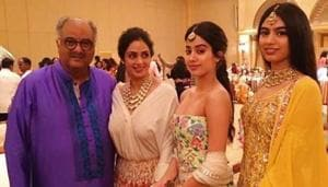 Janhvi and Khushi Kapoor with their parents in happier times.(Sridevi.kapoor/Instagram)