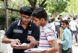 Several students prefer state-held Common Entrance Test (CET) for a seat in engineering institutes closer to home rather than compete for a seat at an IIT in another state.(Pic for representation/HT)