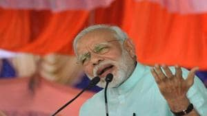 PM Narendra Modi said Congress president Rahul Gandhi insulted the national song Vande Mataram.(PTI/File Photo)
