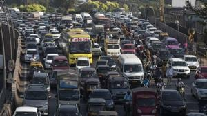 The number of vehicles touched almost the 80 lakh mark in MMR in March(Satish Bate/HT Photo)