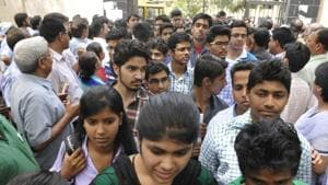 Haryana Board Results 2018: Naveen and Heena, of Hisar district, from Science stream topped the board exams, securing 491 marks out of the maximum 500.(HT file photo/representative image)