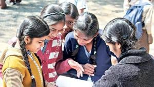 Haryana Board 12th results 2018: Haryana Board Class 12 exams were held from March 7 to April 2 this year in which 246,462 students appeared. The results have been declared.(HT file)