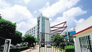 Fortis has been in the middle of a five-way bidding war with local and international suitors wanting to invest in the firm or buy it.(Ramesh Pathania/Mint)