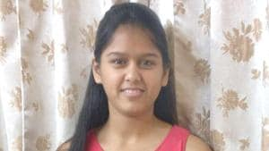 Yana Gupta, who scored the highest marks in Rajasthan's Jaipur in CBSE Class 10 board examination got 100 in mathematics, science, social science and Sanskrit, and 94 in English.(HT photo)