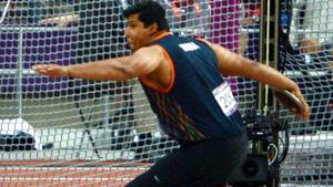 Vikas Gowda, who won the gold medal in discus throwing at the Glasgow Commonwealth Games, decided to retire on Wednesday.(PTI)