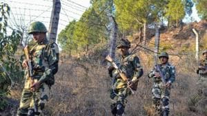 Border Security Force jawans patrol near Line of Control in Poonch(PTI Photo)