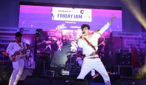 Band Euphoria got the crowd grooving to their hit numbers and gave a power-packed performance at the third-week of Hindustan Times Friday Jam.(Sarang Gupta/HT)