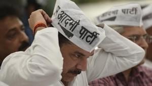 AAP leader Sanjay Singh during a protest march from Delhi chief minister Arvind Kejriwal's residence to the office of the Lieutenant Governor Anil Baijal in New Delhi.(Sanchit Khanna/HT File Photo)