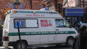 Dial 108 ambulance on way to collect patient in Ranchi, India.(HT File Photo)