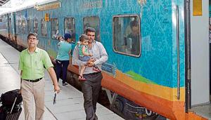 The luxury Humsafar Express has 16 three-tier AC coaches, an AC hot buffet car, two luggage brakes and a generator car.(HT Photo)