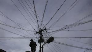 The state power department said that if the humidity continues at this level, electricity consumption could soar up to 7,200 MW, which too could be met.(Bloomberg file photo)