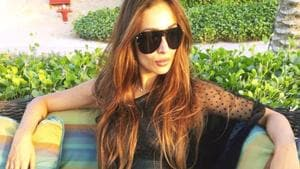Malaika Arora shows how to rock overalls like an adult with her latest airport look. (Instagram)