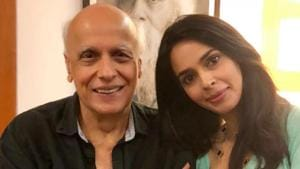 Actor Mallika Sherawat went to see filmmaker Mahesh Bhatt at his office, earlier this month.