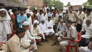 Relatives and neighbours of Rakbar Khan in Haryana on Saturday, July 21, 2018. He was spotted with a couple of cows in Alwar's Lalawandi area when he was attacked.(Sanjeev Verma/HT PHOTO)