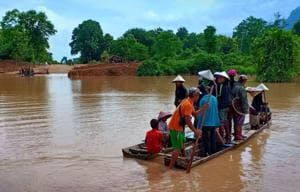 Villagers are evacuated after the Xepian-Xe Nam Noy hydropower dam collapsed in Attapeu province, Laos.(Reuters File Photo)