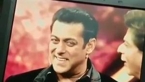 A screenshot of Shah Rukh Khan and Salman Khan on the sets of Dus Ka Dum.