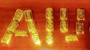 The 20 gold bars weighed around 2.3kg.(HT Photo)